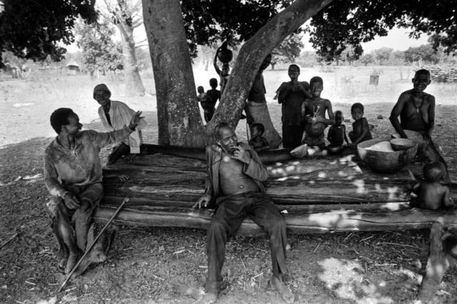 016 Riposo, Lobi, Costa d'Avorio, 1978