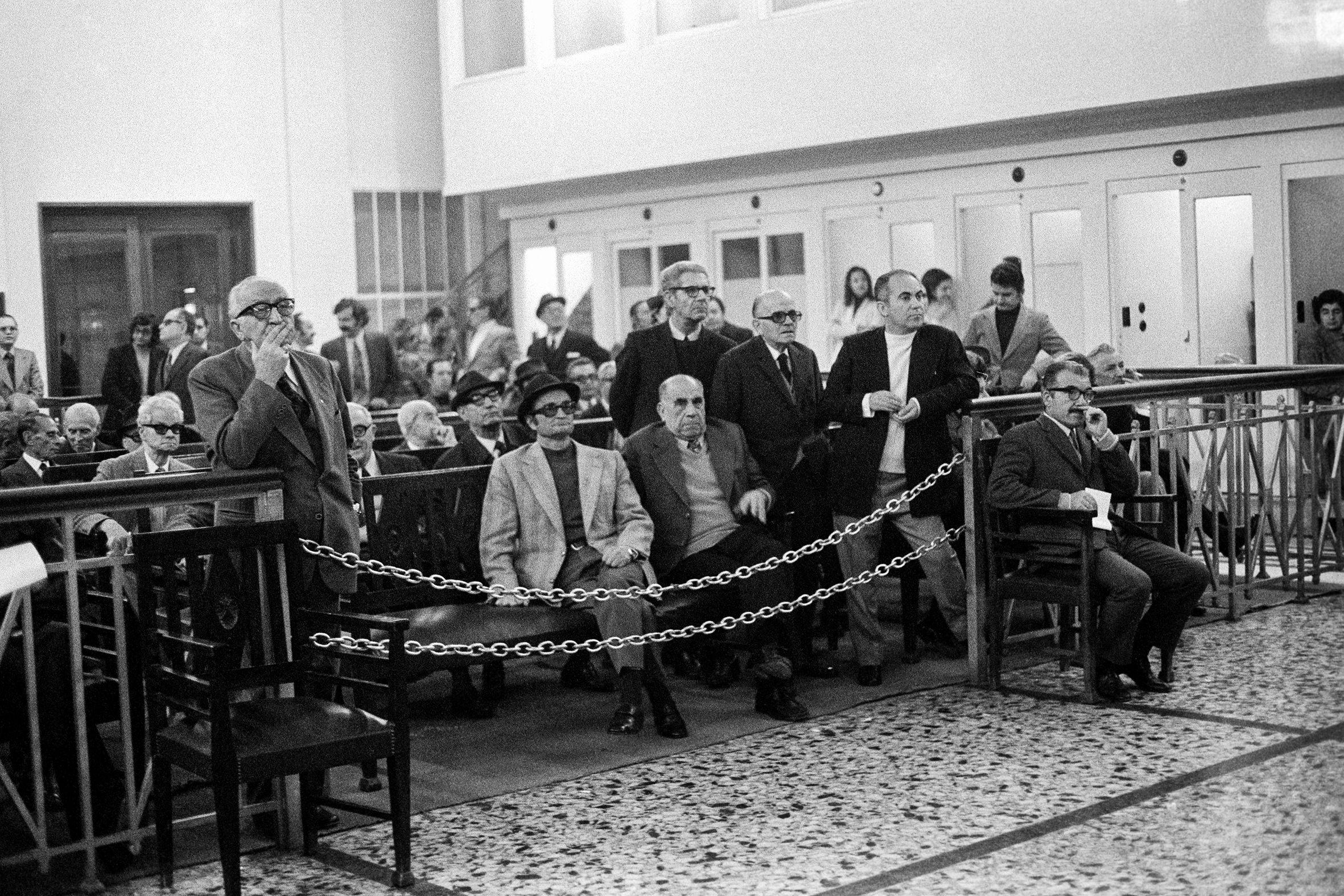 BORSE VALORI - 1 – 2 – 3 – La Borsa Valori di Atene, 1974