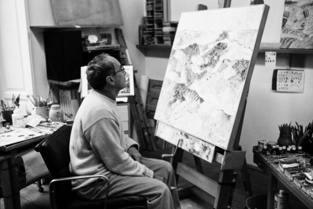 ARTISTI - 2 – Tullio Pericoli nel suo studio a Milano, anni '90