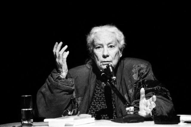 Personaggi Fermani - 3 – Joyce Lussu, Fermo, inizio anni '90