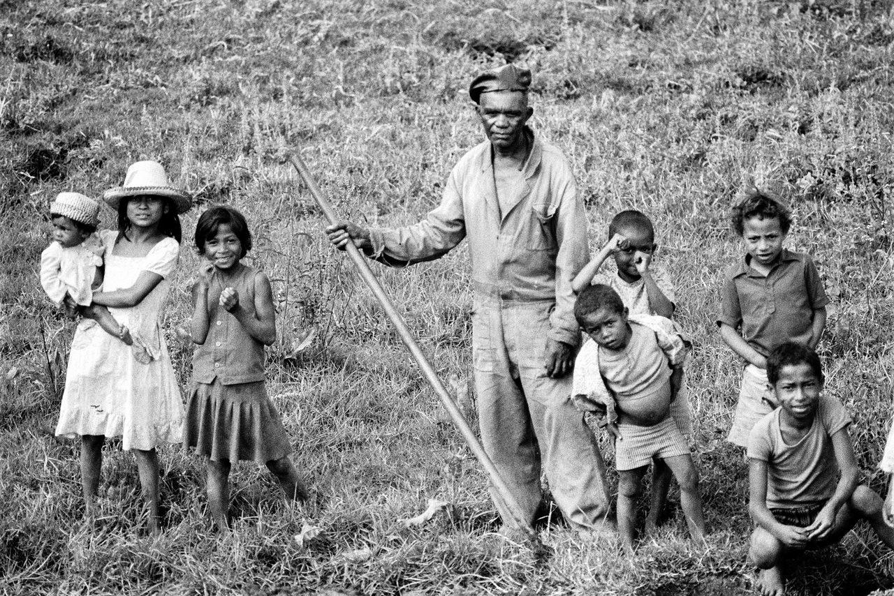 035 La famiglia del contadino, Madagascar, 1979