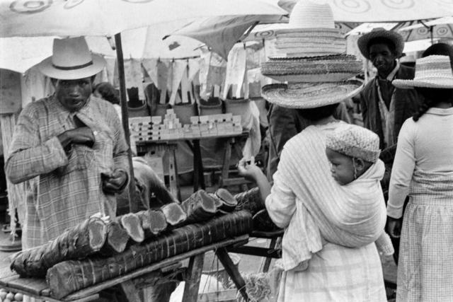 037 Mercato, Madagascar, 1979