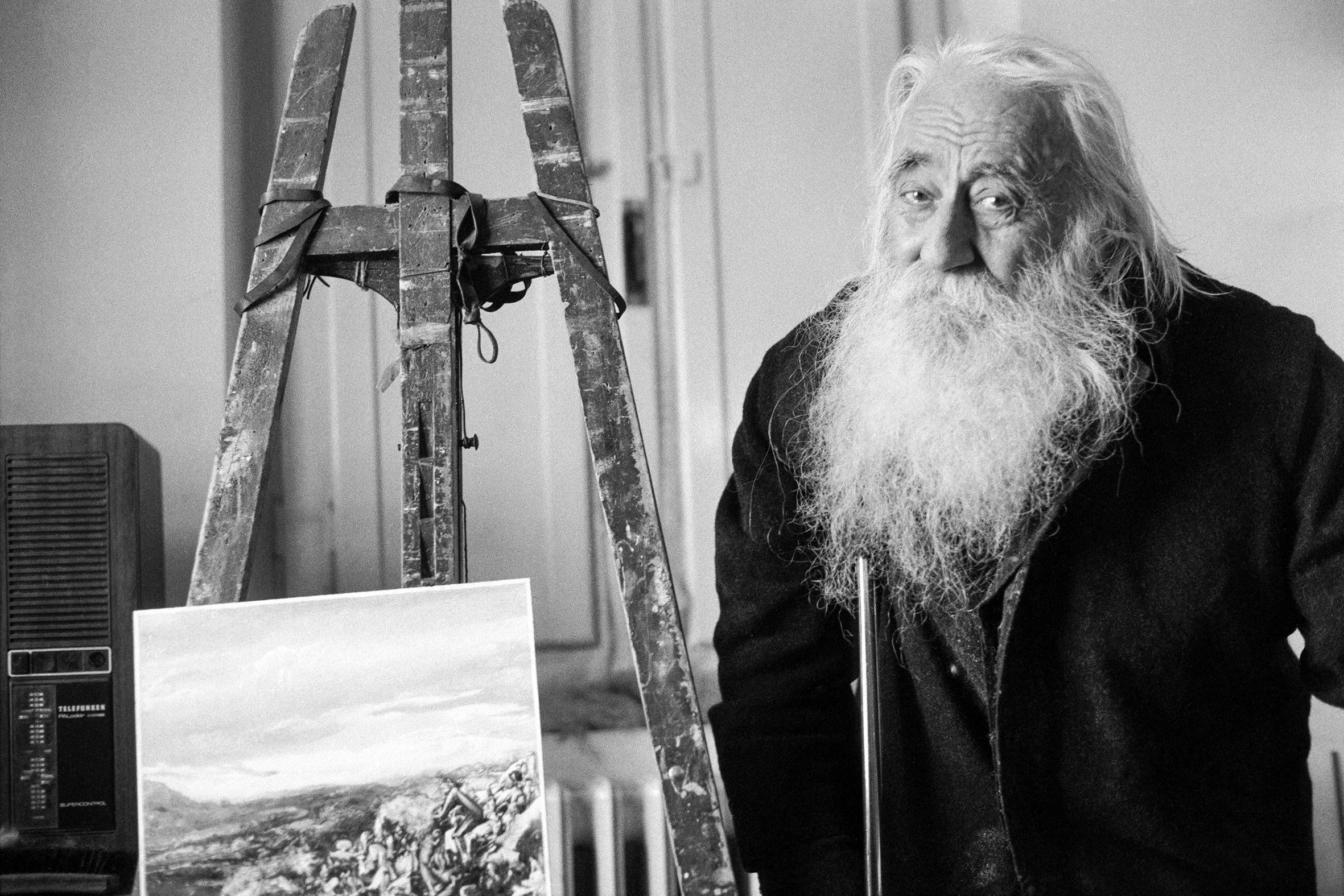 Personaggi Fermani - 4 – Il pittore Giuseppe Pende nel suo studio, Fermo, 1994