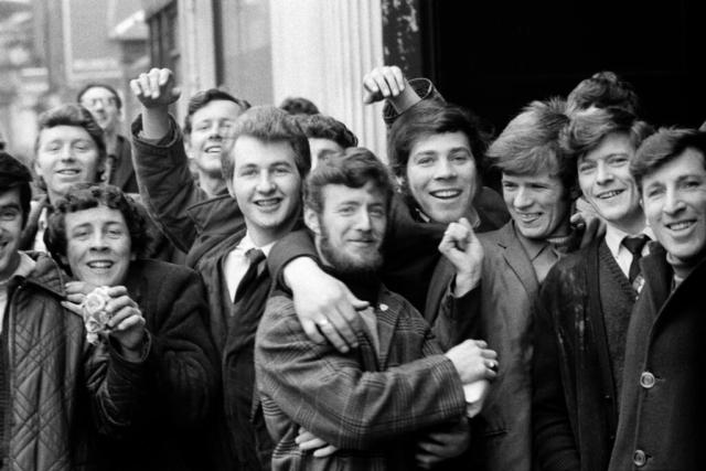 IRLANDA - 6 – Per strada, Belfast, 1968