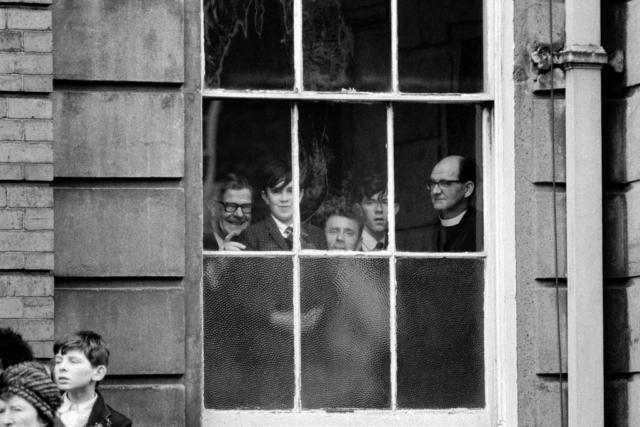 IRLANDA - 8 – Dalla finestra, Belfast, 1968