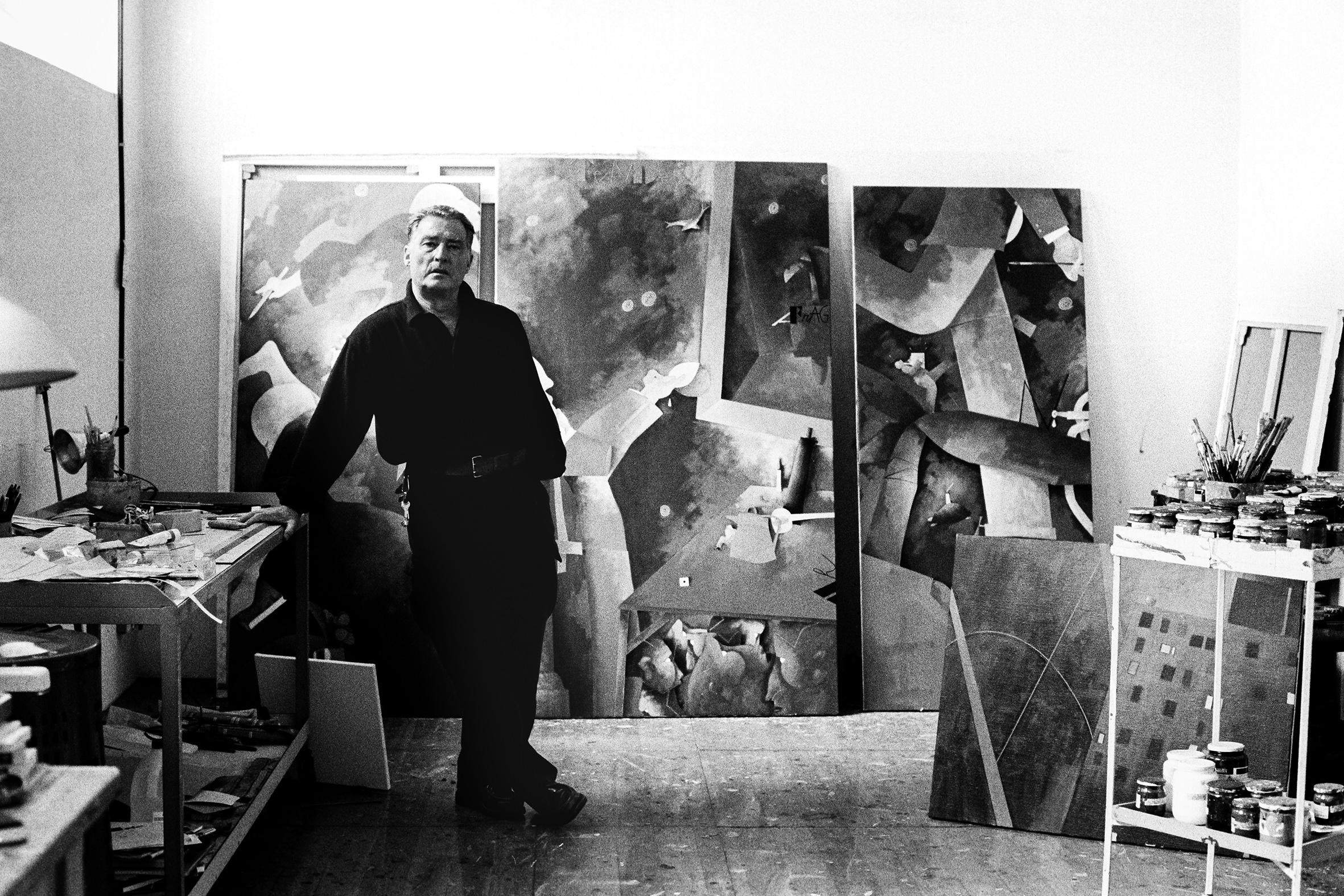 ARTISTI - 8 – Emilio Tadini nel suo atelier a Milano, 1990
