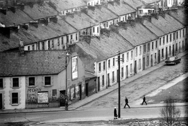IRLANDA - 10 – Strade incrociate, Belfast, 1968